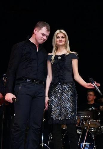На фото Ирина и ее новый муж