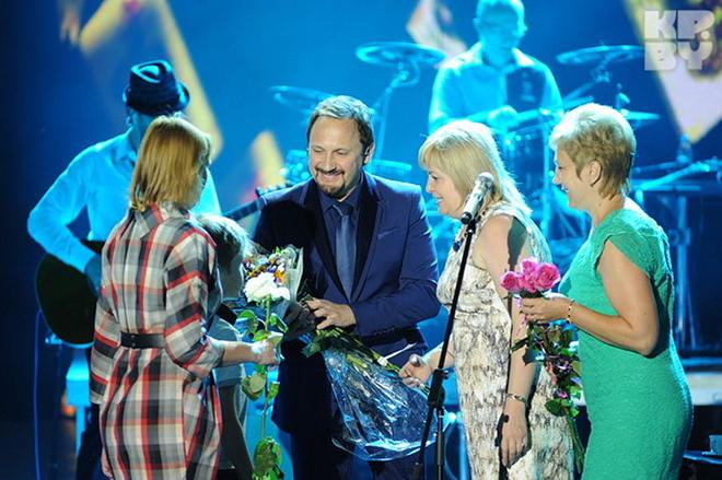 Стас Михайлов и его поклонницы фото смотреть