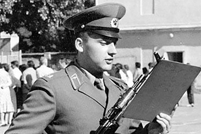 Стас Михайлов в армии фото смотреть